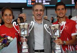 Dünya tenis şampiyonları Türkiyeye döndü