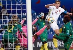 Kanada, Kamerunu tek golle geçti