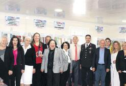 Samsun'a  19 Mayıs'ta kitap bağışı yaptılar