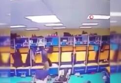 Basketbol maçı oynanırken soyunma odasına hırsız girdi