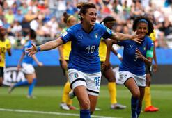 İtalyadan gol yağmuru
