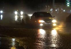 Ankarada sağanak yağmur hayatı olumsuz etkiledi