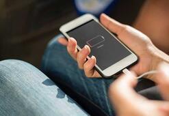 Appleda bir dönem sona eriyor Lightning kablo...