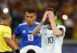 Kolombiya-Katar: 1-0, Arjantin-Paraguay: 1-1