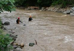 Sel felaketinde kayıp 3 kişi aranıyor