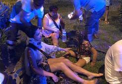 Tur midibüsü ile ticari taksi çarpıştı: Ölü ve yaralılar var