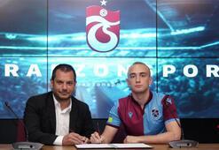 Trabzonsporda Doğan Erdoğan da imzaladı