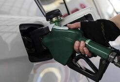 Benzinin litre fiyatına 27 kuruş zam yapıldı