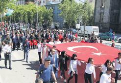 Atatürk'ün Erzurum'a gelişinin 100. yılı kutlandı