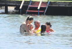 Semih Şentürk ve ailesinin Bodrum tatili tam gaz sürüyor