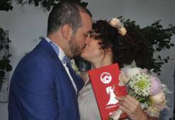 Akasya Asıltürkmenden boşanma sonrası şaşırtan paylaşım