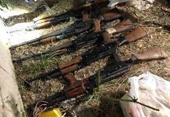 Hakkaride terör operasyonunda silah, patlayıcı ve mühimmat ele geçirildi