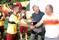 Galatasarayda Yunus Akgüne sürpriz