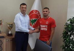 Ümraniyespor, Başakşehirden Muharrem Öneri kiraladı
