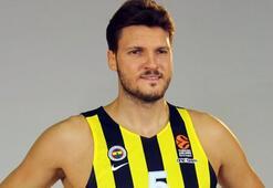 Fenerbahçe Bekoda dört oyuncu ile yollar ayrıldı