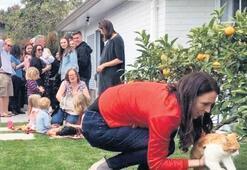Yeni Zelanda'da 'first kedi' itirafı