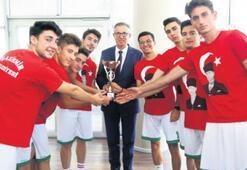 Gaziemir'in gençleri bir üst lige yükseldi
