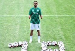 Selim Ay: Şampiyon olmak ve Şampiyonlar Liginde oynamak istiyorum
