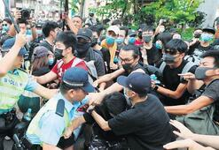 Hong Konglular protestodan vazgeçmiyor