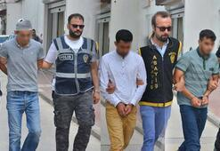 Adanada bıçaklı cinayete 3 tutuklama