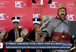 Şu an İstanbul Eline bayrağı alan oraya koştu