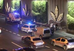 E-5te feci ölüm Metrobüs üst geçidinden atladı araba çarparak metrelerce sürükledi