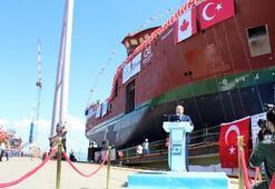 Bakan Varank Yalova'da gemi indirme törenine katıldı