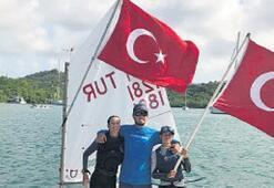 İzmirli yelkenciler tarih yazdı