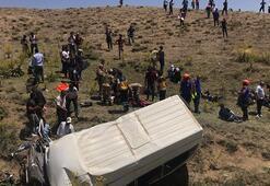 Son dakika... Yolcu minibüsü takla attı 16 ölü, 51 yaralı