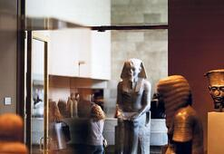 Louvre Müzesi'nden  Sackler ismi kalkıyor