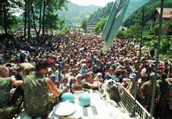 Hollanda, Srebrenitsada kendisini akladı