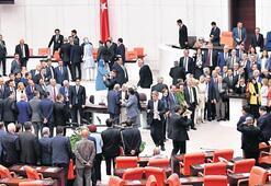 Meclis'te renkli kapanış