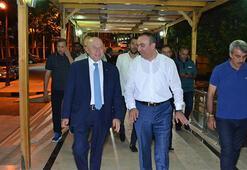 TFF Başkanı Özdemir, Kilisi ziyaret etti