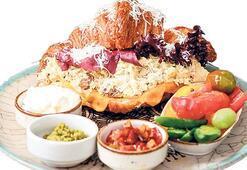 Kahvaltının kruvasan hali