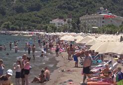 Marmariste plaj ve havuzlar doldu