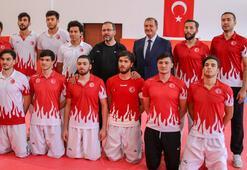 """Bakan Kasapoğlu: """"Performans noktasında çok güzel neticeler alıyoruz"""""""