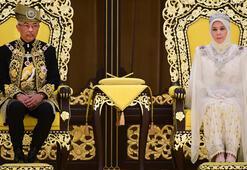 Malezyada yeni kral tacını giydi