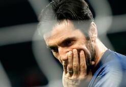 Merih Demiraldan Buffona müthiş gol