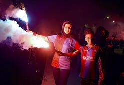 Trabzonsporun 52. kuruluş yıl dönümü meşalelerle kutlandı