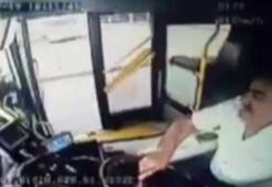 Maganda, sürücüsüyle tartıştığı halk otobüsünün aynasını kırdı