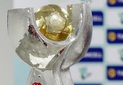 Galatasaray ve Akhisarspor Süper Kupa için kozlarını paylaşacak