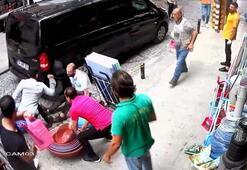 İstanbulda kare kare dehşet Müşterisi defalarca bıçakladı