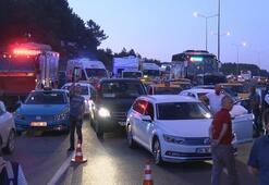 İstanbul Havalimanı yolunda hafriyat kamyonu devrildi