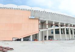 Çotanak Stadının yüzde 80i tamamlandı