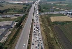 İstanbul-İzmir arası açılan otoyolla sürücüler nefes aldı