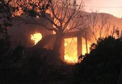 4 ev, 4 samanlık ve ahır yandı