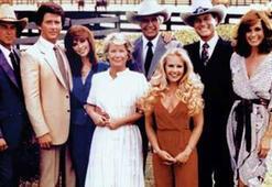 J. R., Bobby ve Sue Ellen gibi karakterleriyle 80lere damga vuran dizinin adı nedir 11 Ağustos ipucu sorusu