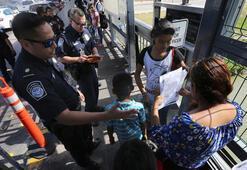 Trump, sosyal yardım alan göçmenlerin sürekli oturum izni almasını zorlaştırdı