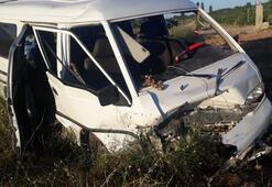 Denizlide trafik kazası: 5i yabancı uyruklu 8 yaralı