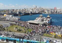 İstanbullular Eminönü iskelesine akın etti
